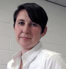Dr. Jenni Barrett headshot